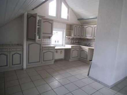 4-5 Zimmer, 2 Bäder, Maisonetten Wohnung zu vermieten