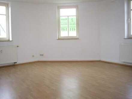 ***A U F G E P A S S T - kompl. Dachgeschoss zu vermieten - 120 m²***