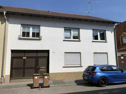 Schönes, geräumiges Haus mit neun Zimmern in Rhein-Neckar-Kreis, Hockenheim