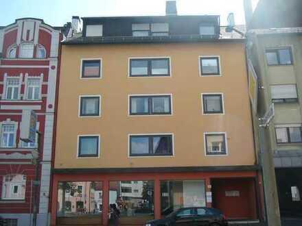 Zentralgelegene 4-Zimmerwohnung mit Dachterrasse