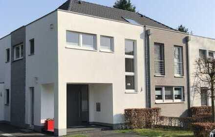 Two in one - Wohnen und Arbeiten in moderner Bauhaus Immobilie in Sonsbeck mit 11 Zimmern
