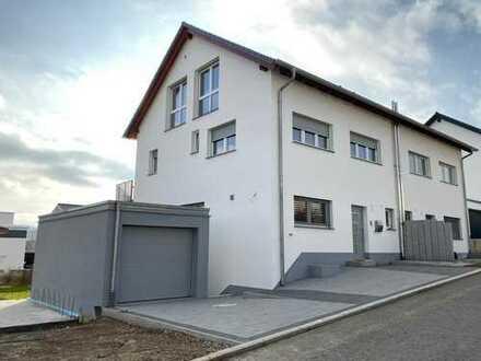 Schönes Haus mit sechs Zimmern in Konstanz (Kreis), Hilzingen