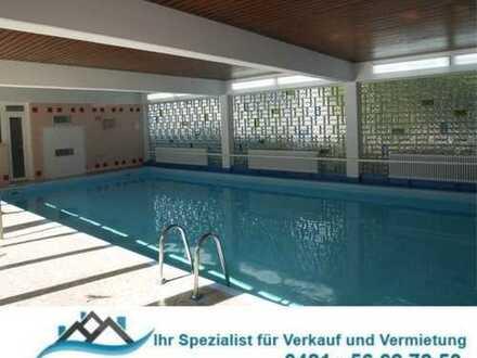 HB-Burglesum: Sen. ger. attr.. 2-Zi.-Whg., Fahrstuhl, gr. Hallenschwimmbad, D-Terr. und Tiefgarage.