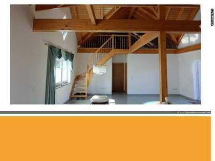 Gelegenheit! Wunderschöne Penthouse Wohnung mit Galerie und Balkon