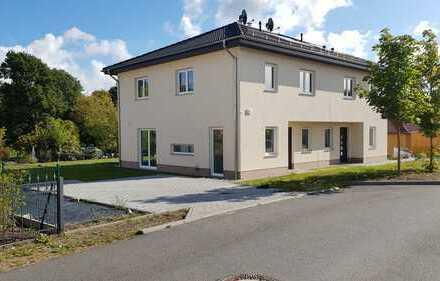 Schönes, geräumiges Doppelhaus mit 4,5 Zimmern in Wandlitz See