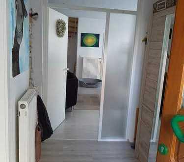 Top Lage! Reiheneckhaus als Eigentumswohnung mit vier Zimmern in Dreieich