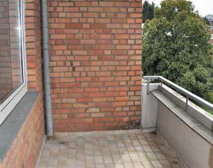 NUR NOCH 2 VON 24 !!! HIER: 3-Zimmer-Wohnung mit SONNENBALKON zur Kapitalanlage in Sürth !!!