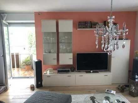 Schöne, moderne 3-Zi.-Wohnung mit 2 Balkonen und Einbauküche an den Isarauen im Herzen von Freising