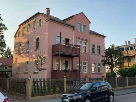 Ansprechende 2-Zimmer-Hochparterre-Wohnung mit Balkon in Dresden-Kleinzschachwitz