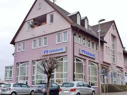 Zentrumsnahe Büro-/Kanzlei-/Praxisräume (ca. 204m²) mit Klimaanlage und Parkplätzen in Benningen