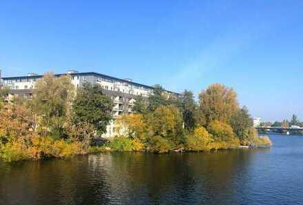 Exklusive 3-Zimmer Eigentumswohnung mit Wasserblick in Berlin-Spandau
