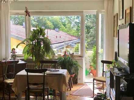 3-Zimmer-Wohnung mit Balkon zum ruhigen grünen Innenhof ... derzeit vermietet!
