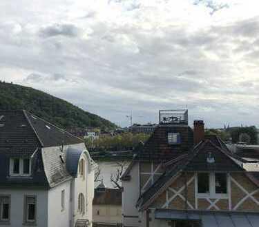 Wunderschöne Penthouse-Wohnung mit Teilblick auf den Neckar