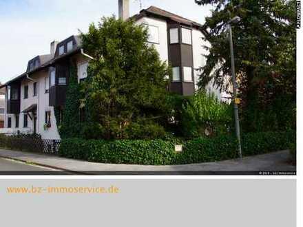 Große 3-Zimmer-Dachgeschosswohnung, mit Loggia und Garage in Zirndorf - sofort verfügbar