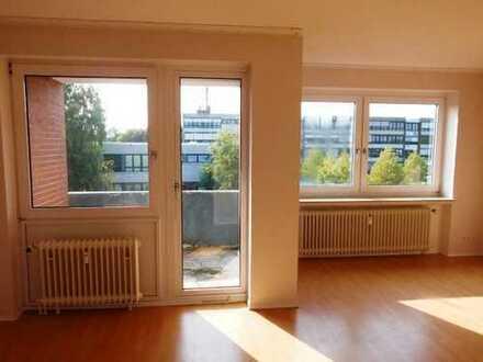 3 - Zimmerwohnung mit Balkon !