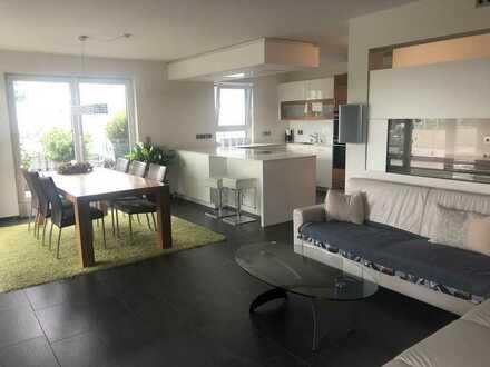 Exklusive 3-Zimmer-Penthouse-Wohnung mit Dachterrasse in Erlangen