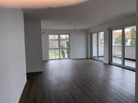 *Neubau* Moderne Wohnung mit gehobener Ausstattung, Balkon und Garage in begehrter Lage