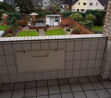 Gepflegte 3-Zimmer-Wohnung mit Balkon und Einbauküche in Essen