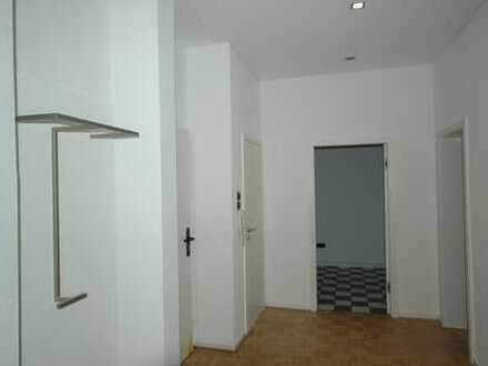 Helle, renovierte 4-Zimmer-Wohnung in DO Nähe Westfalenpark Süd