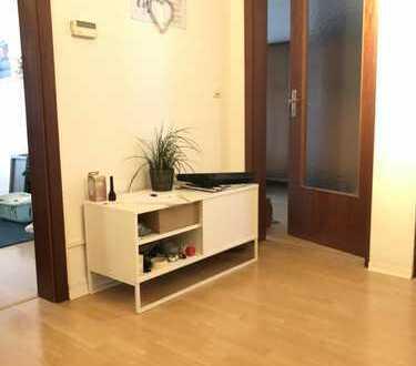 RESERVIERT * 2-Zimmer Wohnung mit Balkon in Karlsruhe Südweststadt