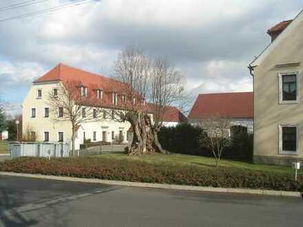 individuelle Wohnung mit PKW Stellplatz