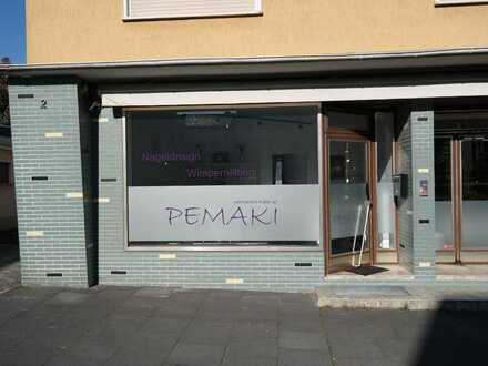 Werbewirksames, modernes Ladenlokal mit 40qm, Schaufenster und WC in bester Lage in Heisterbacherrot