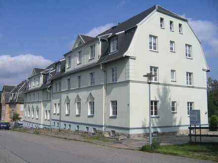 bezugsfertige Zwei-Zimmer-Wohnung mit Stellplatz