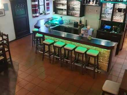 Bistro/Gaststätte/Pizzeria/Pub/Bar mit wunderschönem Biergarten