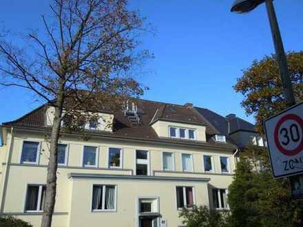 Essen Stadtwald, Erstbezug nach Sanierung: freundliche 3-Zimmer-Wohnung in Essen