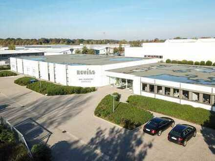 10.000 m² Gewerbegrundstück 2.500 m² Lagerhalle/Büro incl. Outlet-Shop 400 m² u. 3.500 m² Freifläche