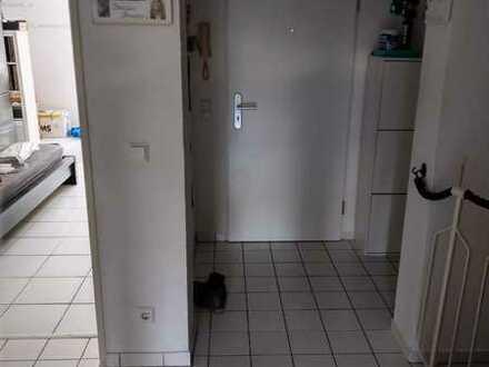 Attraktive 4-Zimmer-Maisonette-Wohnung in Niehl, Köln