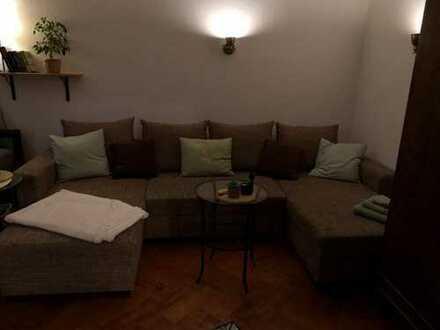Möbliertes 24m²-Zimmer nahe der HTW sucht neuen WG-Mitbewohner