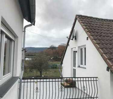 Ruhiges Wohnen in toller Lage in saniertem Winzerhaus