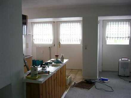Schöne 1-Zimmer-Wohnung mit EBK in Ronneburg/Neuw.
