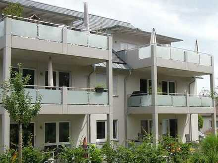Exklusiv ausgestattete 4 ZKB mit Garten,Terrasse und Wellnessoase