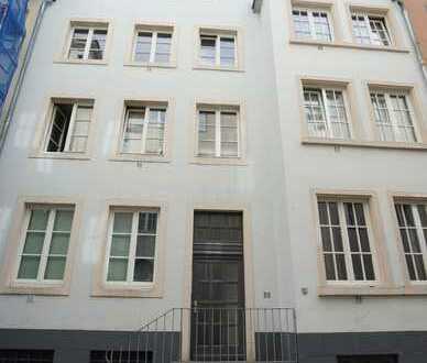 2 Zimmer Wohnung mit Wohnküche in zweiter Reihe zum Rhein