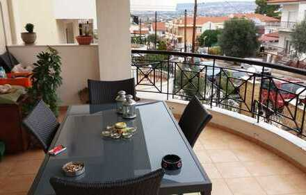 Großzügige 4 Zimmer-Geschosswohnung mit separater Einliegerwohnung in Thessaloniki 5 km v. Flughafen