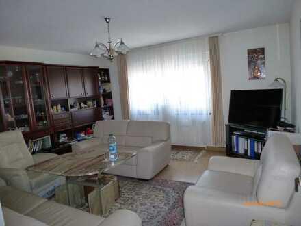 3-Zimmer-Wohnung in Stuttgart-West, sehr zentral, mit komplett ausgestatteter EBK und Balkon
