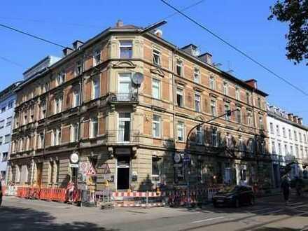 Neuwertig sanierte 3 ZKB-Altbauwohnung in der Karlsruher Innenstadt zu vermieten!