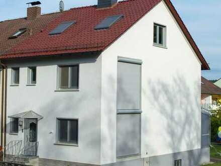 Erstbezug nach Sanierung: großes attraktives Einfamilienhaus mit Garten und Garage, Kleinostheim