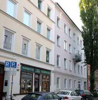 Weissenburger Platz, div. Möblierung, charmante Wohnung mit großem Balkon