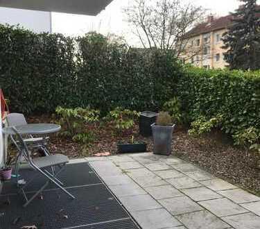 Hübsches 16 qm Zimmer mit Terrasse in moderner WG