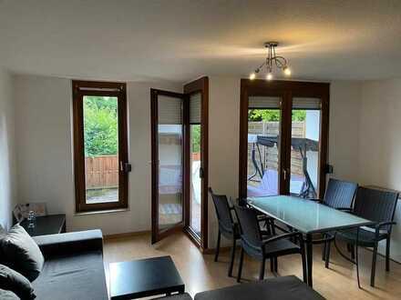 Schöne, geräumige 1-Zimmer Wohnung mit großer Terrasse in Stuttgart, Sommerrain