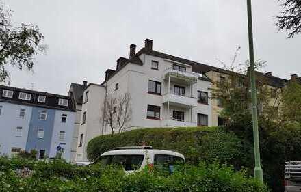 Vollständig renovierte 2-Zimmer-Wohnung mit Balkon in Essen Rüttenscheid