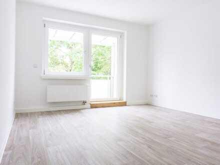 Erstbezug nach Sanierung: 4-Raum-Wohnung mit Balkon ab 08/2020