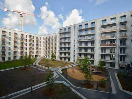 Wasserblick inclusive! Schöne 3-Zimmerwhg. mit 2 Balkonen, Parkettboden und EBK in der Europacity