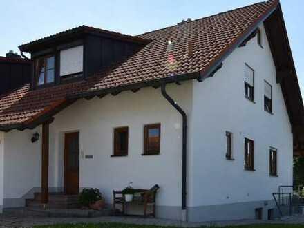 Doppelhaushälfte mit Garten und Terrasse in ruhiger u. zentraler Lage in Bad Grönenbach