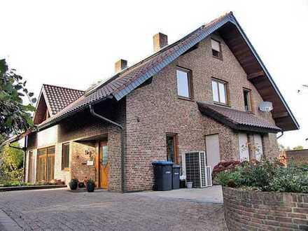 ***Europa-Makler***Am Rande von Gildehaus in gefragter Lage, sehr geräumiges freistehendes Wohnhaus