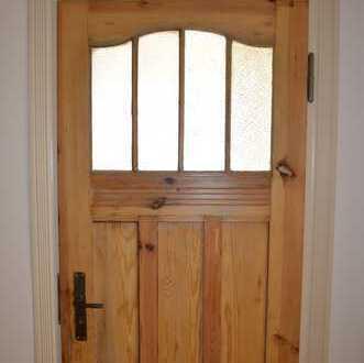 Charmante 3RW sanft saniert- Holzdielung, historische Türen, grosse Küche- perfekt für Familien