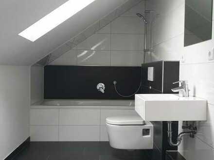 - Schicke Dachgeschoss Wohnung in Niefern für Singles oder Pärchen --